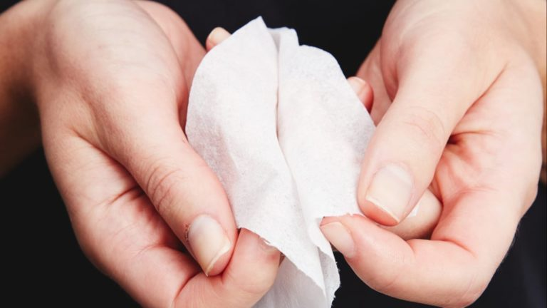 Swap Your Old Cleansing Wipes For These Environmentally-Friendly Biodegradable Ones